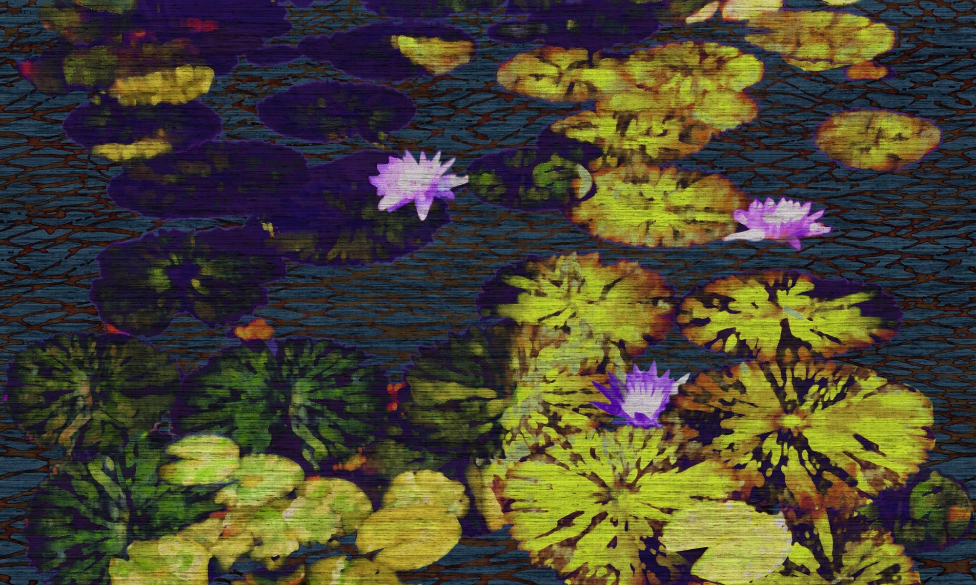 """Seerosenblätter und lilafarbene Blüten in Negativtechnik sind auf dem Tapetenbild """"All´ombra"""" von Élitis abgebildet und wirken wie ein riesiges Panoramabild. (Foto: © Élitis)"""