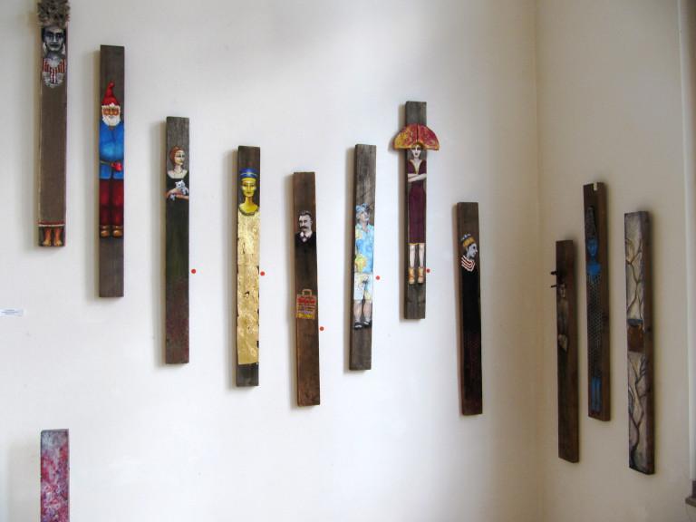 Linnemeier Holzbretter mit abgebildeten Personen
