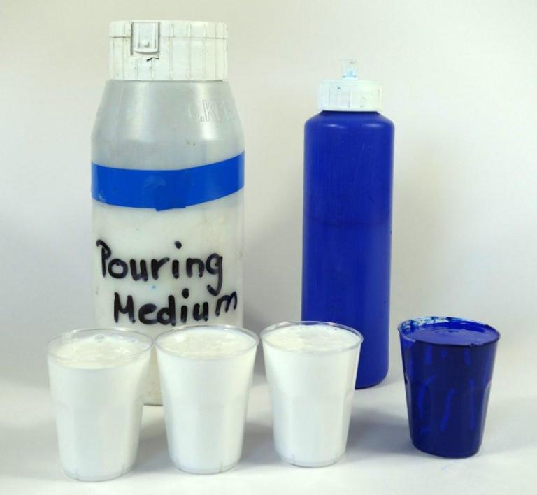 Acrylic Pouring Budde-Engelke Cup Flip 2