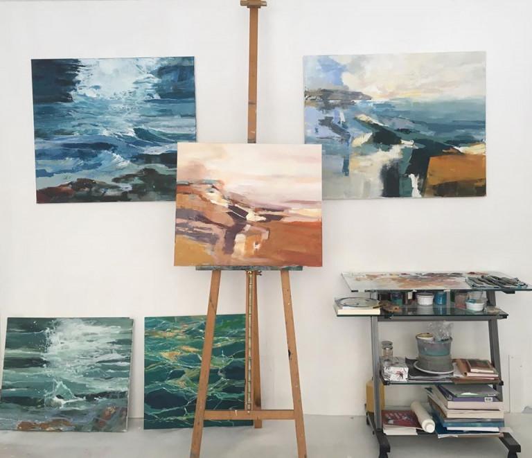 Inge Schulz, Atelier mit Glastisch zum Farbenmischen