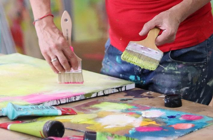 Nachhaltig malen, alte Leinwände als Malgrund